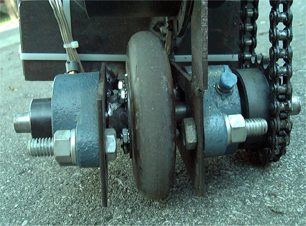 Close up of rear wheel assembly - CLICK TO ENLARGE